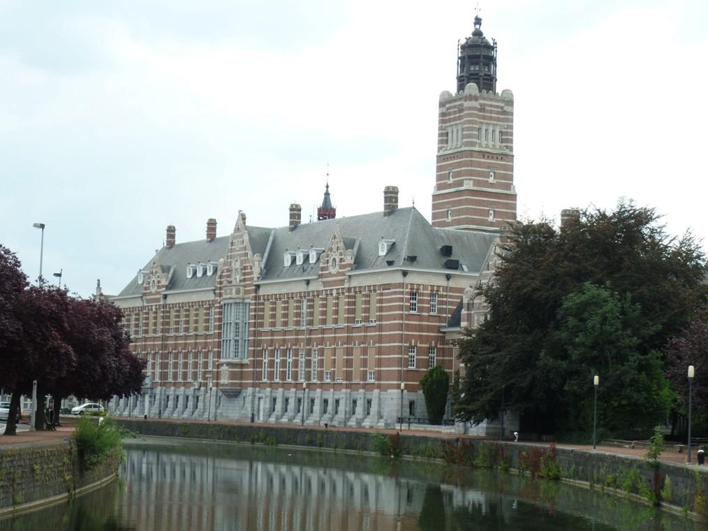 Aalsterse gevangene ontsnapt en is intussen ingerekend in centrum van Dendermonde