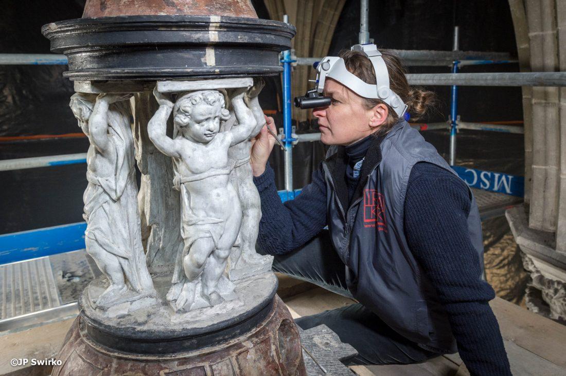 Restaurator geeft digitale lezing over de sacramentstoren van de Sint-Martinuskerk